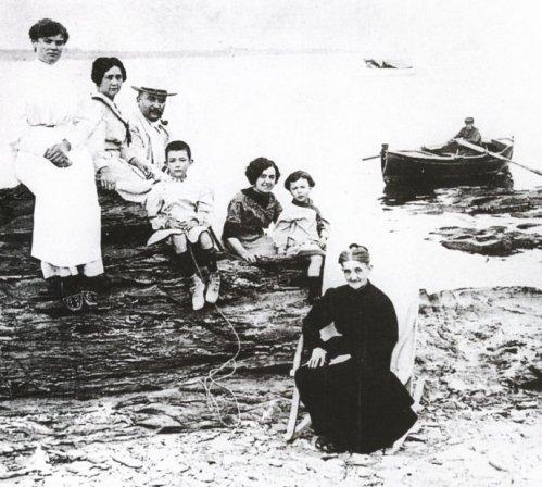 familia_dali_h_1910