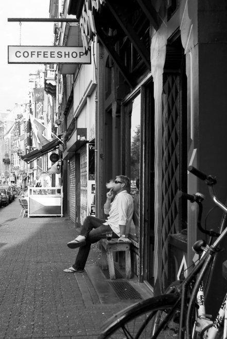 coffeeshop_meditation_by_steppeland