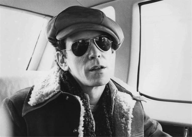 Lou Reed 1975.jpg