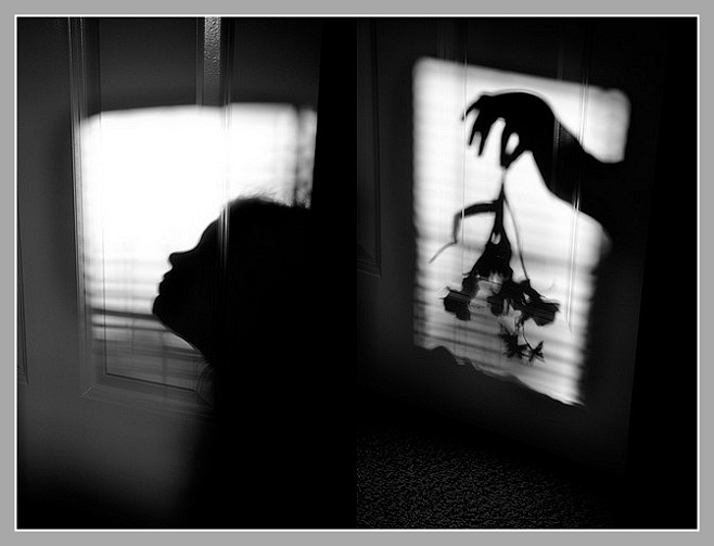 penumbra__shadows__silhouettes__and_surrealism_by_graviloquence-d56mtwx.jpg