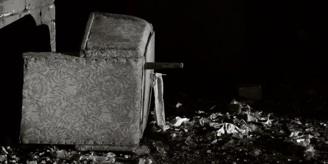 armchair_by_greencash.jpg