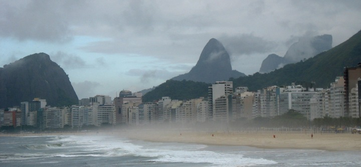 rio-copacabana-beach-on-a-rainy-day1