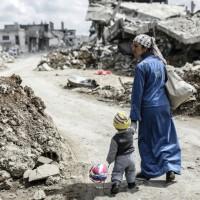Απόψε με μισώ  (Εικόνες της Συρίας κοιτάζω - 2019)